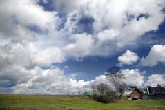 乡下早期的横向春天 库存照片