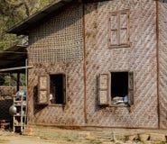 乡下的一个传统竹房子 免版税库存照片