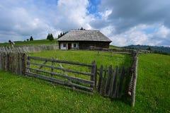 乡下的议院在Transilvania 免版税库存图片