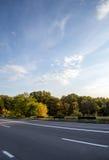乡下路在罗马尼亚 库存图片