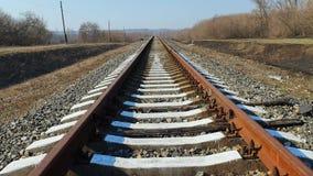 乡下铁路在早期的春天好日子 股票录像