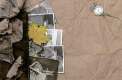 乡情概念 回忆录 葡萄酒与空白页的象册书与拷贝空间 库存照片
