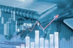 书写企业图表,并且图报告与股市财政贸易的显示利润图表  免版税图库摄影