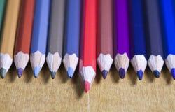 书写连续,一支铅笔提出的颜色 免版税库存图片
