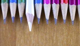 书写连续,一支铅笔提出的颜色 免版税图库摄影