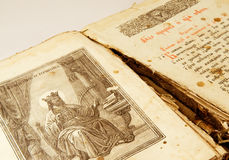 书基督徒斯拉夫语字母老 免版税库存图片