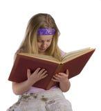 书女孩老读取 免版税库存照片