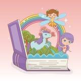 书开放以童话美人鱼和神仙有独角兽的 皇族释放例证