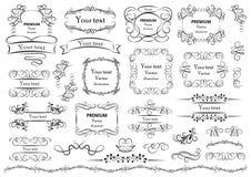 书法设计元素 装饰漩涡或纸卷、葡萄酒框架、华丽、标签和分切器 减速火箭的传染媒介 皇族释放例证
