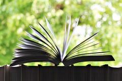 书的图象在一个开窗口前面的 图库摄影