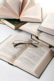 书眼镜 免版税库存照片