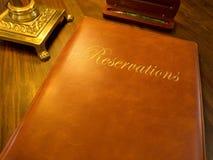书等旅馆预订餐馆 免版税库存图片
