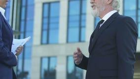 买卖人会议户外,握手和熟悉,商业道德 股票录像