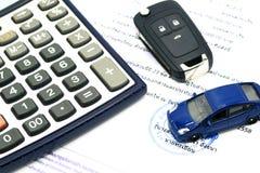 买进卖出租企业概念的一辆汽车 免版税图库摄影