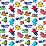 乱画鸠鸟无缝的样式 与滑稽的flyi的背景 库存照片