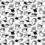 乱画鸠鸟无缝的样式 与滑稽的flyi的背景 免版税图库摄影