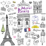 巴黎乱画元素 与埃佛尔铁塔的手拉的集合养殖了咖啡馆,出租汽车triumf曲拱, Notre Dame大教堂, facion元素,猫a 库存照片