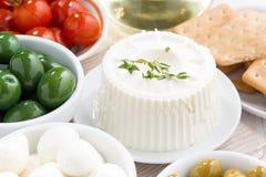 乳脂干酪和腌汁 免版税库存图片