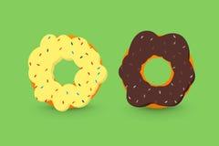 乳脂状和巧克力油炸圈饼 免版税库存照片