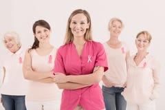 乳腺癌丝带了悟概念 免版税库存照片
