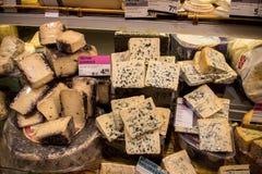乳酪在一个市场上在阿姆斯特丹 免版税库存照片