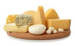 乳酪的分类在木板的 免版税库存图片