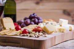 乳酪盛肉盘 免版税库存照片