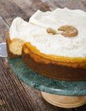 乳酪蛋糕供食的切片点心 库存图片