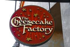 乳酪蛋糕工厂商标 库存图片