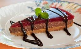 乳酪蛋糕巧克力片式 免版税库存照片