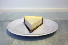 乳酪蛋糕服务  库存图片