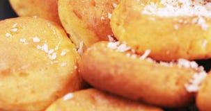 乳酪蛋糕用椰子 股票视频
