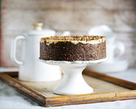 乳酪蛋糕用烤大麦,下午茶时间快餐的奶油色乳酪蛋糕 库存照片