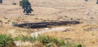 争斗从最后的审判日留在了赎罪日战争战争在戈兰高地以色列的地堡遗骸 免版税库存图片