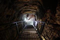 争斗前个megiddo揭示隧道 免版税图库摄影