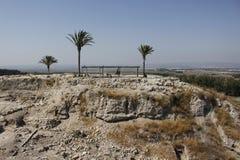 争斗前megiddo揭示废墟 免版税图库摄影