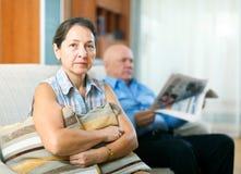 争论冲突有家室的人孕妇 免版税库存图片