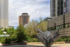 事务都市风景与几个公司大厦的 免版税库存照片
