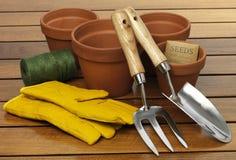 从事园艺的成套工具 免版税库存照片