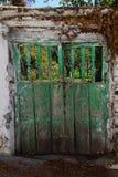 从事园艺的门 库存照片
