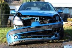 事故损坏的汽车 免版税库存照片