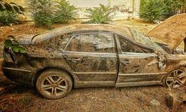 事故汽车侧视图 免版税库存图片