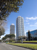 二个摩天大楼在巴塞罗那 库存照片