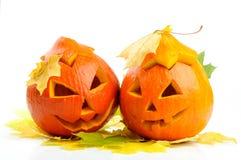 二个橙色万圣节南瓜杰克O灯笼 图库摄影