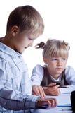 二个画的孩子 免版税库存照片