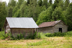 二个老谷仓 库存图片
