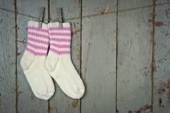 二只羊毛袜子停止 库存图片
