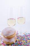 二块玻璃用香槟 库存照片