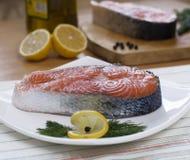 二块鲑鱼排 免版税库存图片
