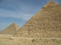 二座金字塔 免版税库存照片